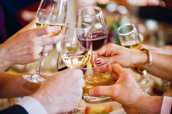 How to have your Christmas party entertainment run smoothly